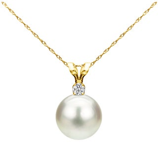 DaVonna 14k Yellow Gold 7-7.5mm Freshwater Cultured Pearl .01 CTTW Diamond Chain Pendant Necklace 18 inch