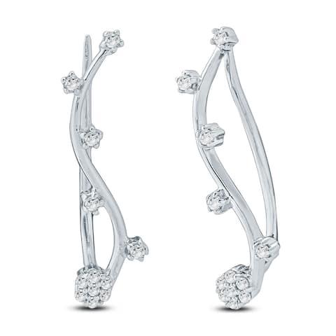 Cali Trove 1/6ct TDW Diamond Ear Climbing Crawler Earring In Sterling Silver - White
