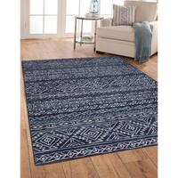 Greyson Living Cody Blue/ Ivory Geometric Olefin Area Rug (7'9 x 10'6)