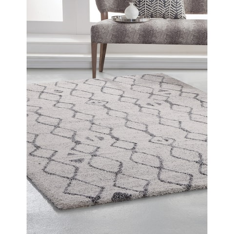 Farren Ivory/Charcoal Area Rug by Greyson Living - 5'3 x 7'6