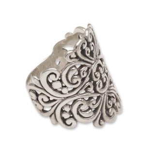 Handmade Sterling Silver 'Tangled in Love' Ring (Indonesia)