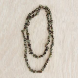 Handmade Garnet 'Rainy Forest' Necklace (Brazil)