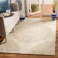 Safavieh Handmade Blossom Ivory/ Beige Wool Rug - 8' x 10'