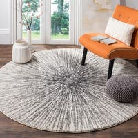 Safavieh Evoke Vintage Abstract Burst Black/ Ivory Distressed Rug - 9' Round