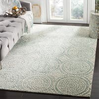 Safavieh Handmade Bella Ivory/ Blue Wool Rug - 5' Square