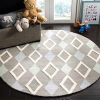 Safavieh Handmade Safavieh Kids Grey/ Multi Wool Rug - 5' Round