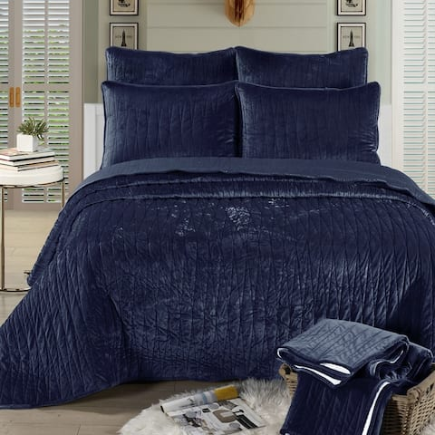 Brielle Home Velvet Quilt Set