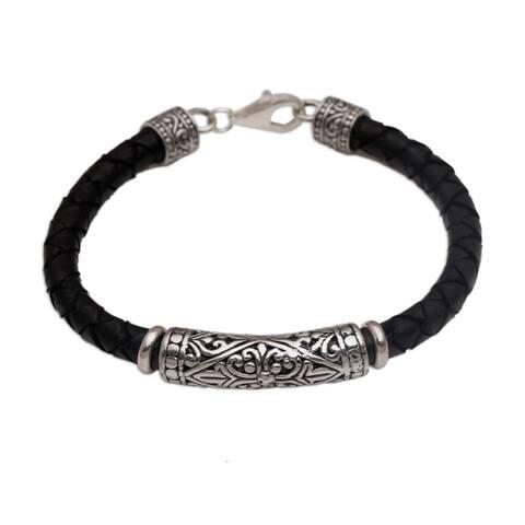 Handmade Leather Sterling Silver Lost Kingdom Bracelet (Indonesia)