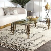 nuLOOM Off White Contemporary Soft and Plush Moroccan Tribal Shag Tassel Area Rug - 4' x 6'