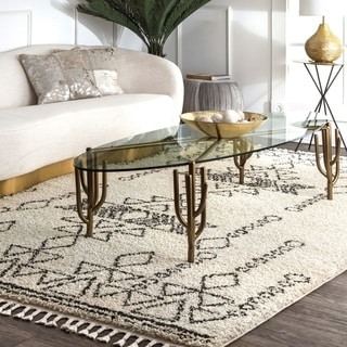 nuLOOM Off-white Contemporary Soft and Plush Moroccan Tribal Tassel Shag Rug
