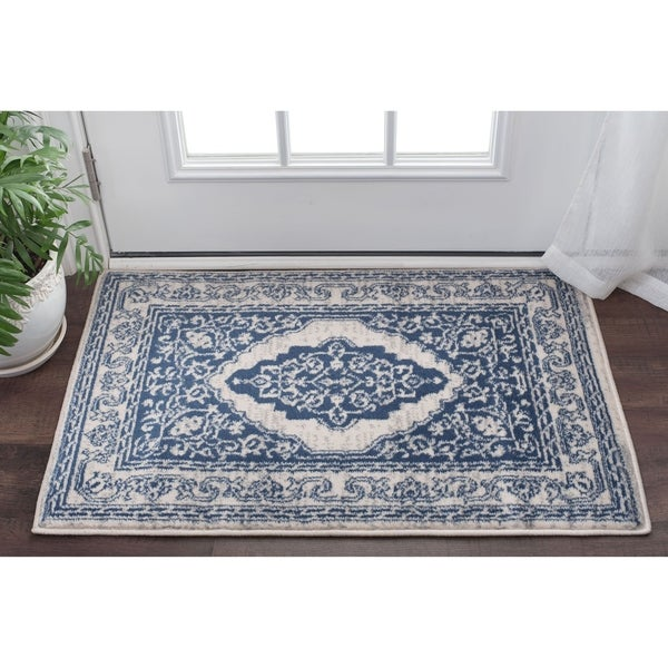 Alise Rugs Carrington Traditional Oriental Scatter Rug - 2' x 3'
