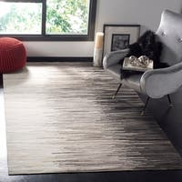 Safavieh Hand-Woven Studio Leather Charcoal/ Ivory Leather Rug - 5' x 8'