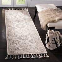 Safavieh Handmade Aspen Bohemian Light Grey/ Grey Wool Rug - 2'3 x 7'