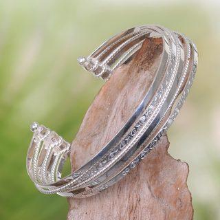 Handmade Sterling Silver 'Unity in Diversity' Bracelet (Indonesia)