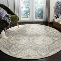 Safavieh Handmade Blossom Light Grey/ Ivory Wool Rug - 6' x 6' Round