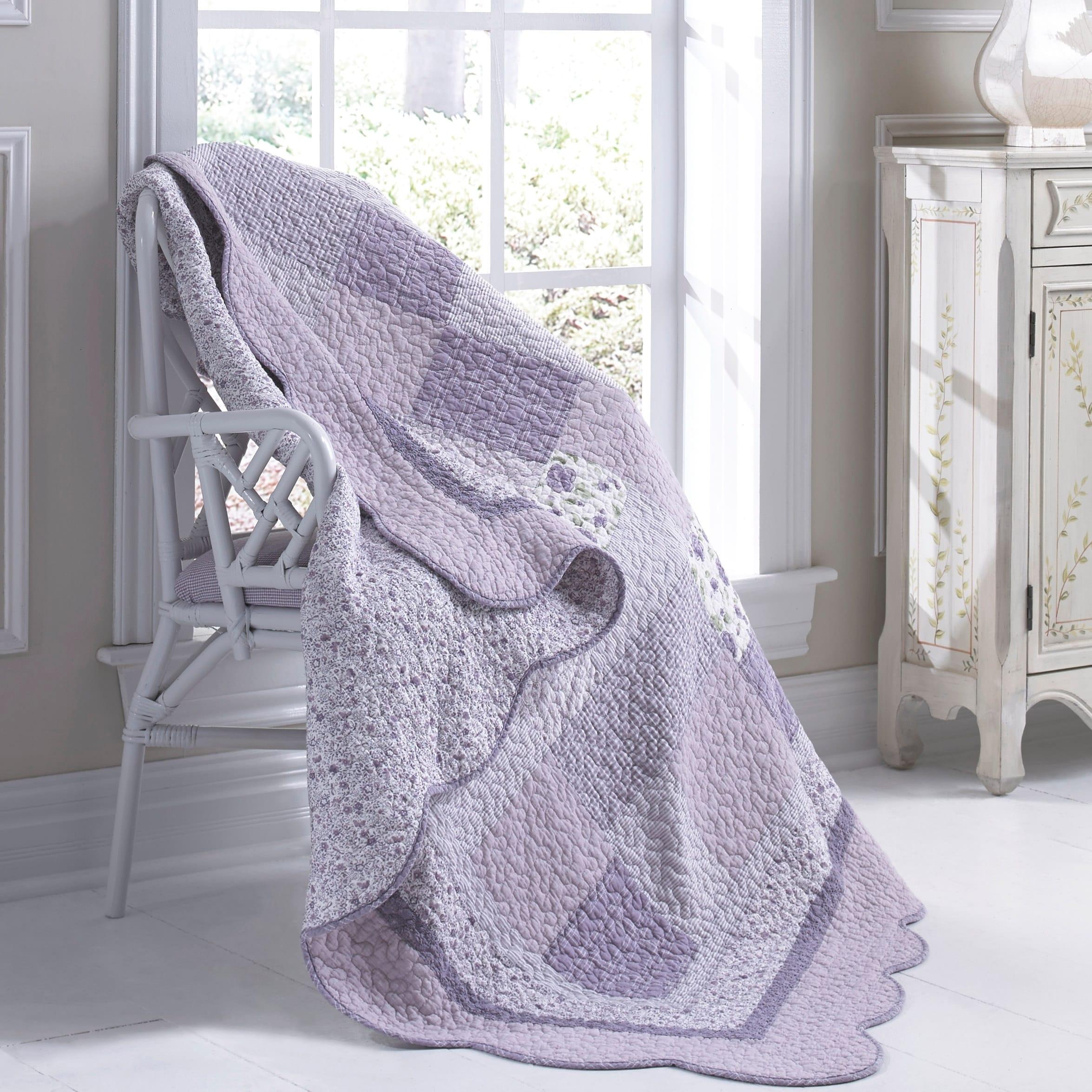 Donna Sharp Lavender Rose Throw (Machine Wash), Purple (C...