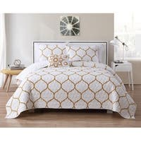 VCNY Home Ogee Quilt Set