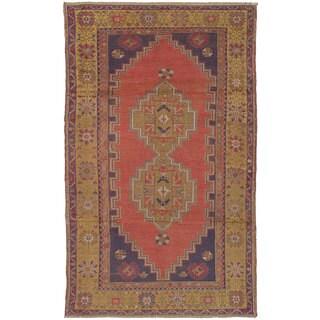 eCarpetGallery Hand-Knotted Anadol Vintage Brown Wool Rug (4'1 x 6'9)