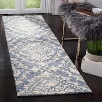 Safavieh Handmade Blossom Blue/ Ivory Wool Rug - 2'3 x 8'