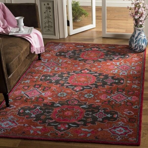 Safavieh Handmade Heritage Leia Traditional Oriental Wool Rug