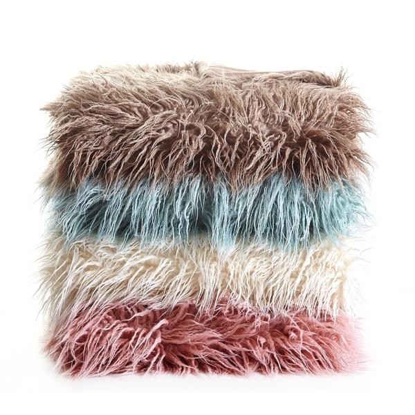 De Moocci Mongolian Soft Shaggy Faux Fur Throw - 50 in x 60 in