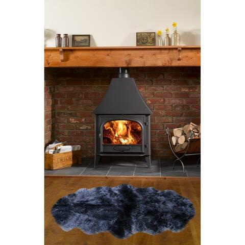 """Dynasty Natural 2-Pelt Luxury Long Wool Sheepskin Black Shag Rug - 2' x 5'5"""""""