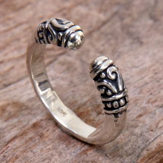 Handmade Sterling Silver 'Twin Buds' Ring (Indonesia)