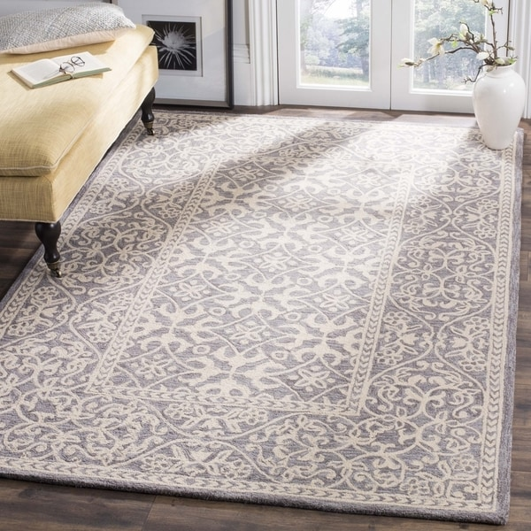 Safavieh Hand-Hooked Suzani Vintage Bohemian Grey/ Beige Wool Rug - 5' x 5' square