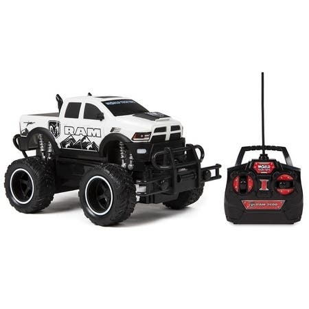 Officially Licensed 1:24 RAM 2500 POWER WAGON ELECTRIC RC TRUCK (Colors May Vary)
