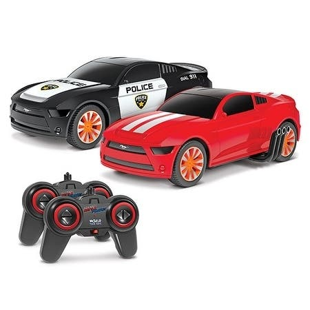 1:20 Officially Licensed Ford Mustang Battle Pursuit Flip Action RC Cars Double Pack