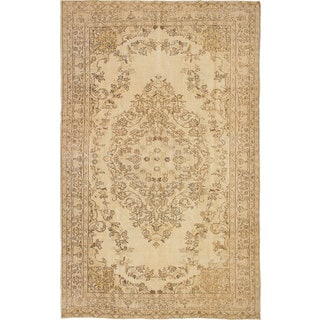 Hand-knotted Antalya Vintage Cream Wool Rug - 6'0 x 9'9