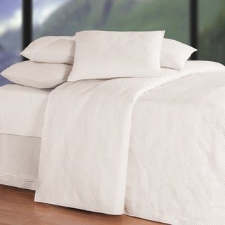 Hampton Soft White Matelasse (Shams Not Included)