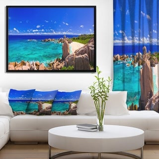 Designart 'Tropical Beach Panorama' Seascape Framed Canvas Art Print