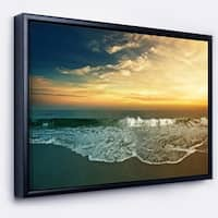 Designart 'Beach Panorama' Landscape Art Print Framed Canvas