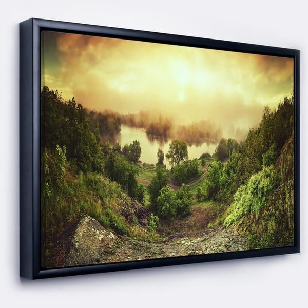 Designart 'Vintage Raising' Landscape Photography Framed Canvas Print
