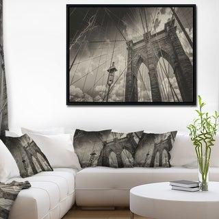 Designart 'Upward View of Brooklyn Bridge' Cityscape Photo Framed Canvas Print
