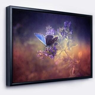 Designart 'Vintage Butterfly' Floral Art Framed Canvas Print