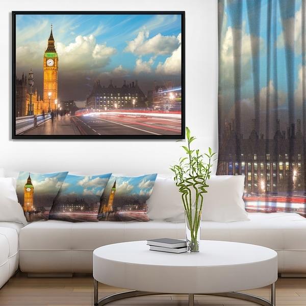 Designart 'Big Ben UK from Westminster Bridge' Large Cityscape Photo Framed Canvas Print