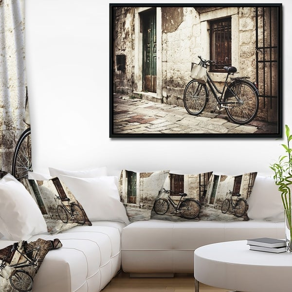 Designart 'Bicycle with Shopping Bag' Landscape Photo Framed Canvas Art Print