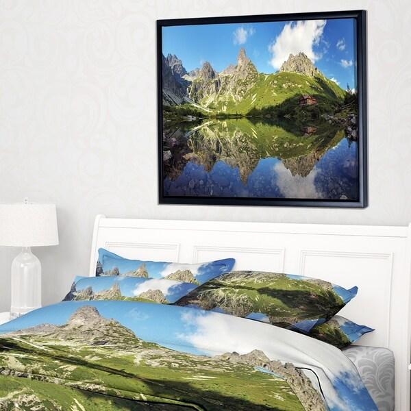 Designart 'Green Lake in Tatra Mountain' Landscape Photo Framed Canvas Art Print