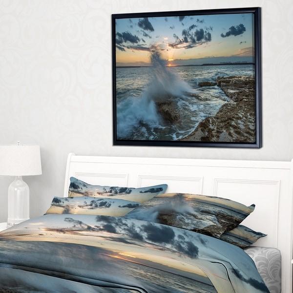 Designart 'Sunset at Sydney Seashore' Seascape Framed Canvas Art Print