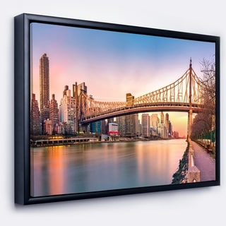Designart 'Discontinued product' Cityscape Framed Canvas Print