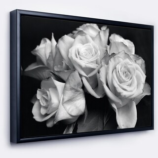 Designart 'Bunch of Roses Black and White' Floral Art Framed Canvas Print