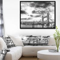 Designart 'Black and White View of London Panorama' Cityscape Framed Canvas Print