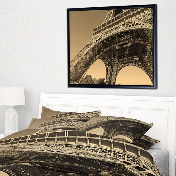 Designart 'Iconic Paris Paris Eiffel TowerSide View from Ground' Cityscape Framed Canvas Print