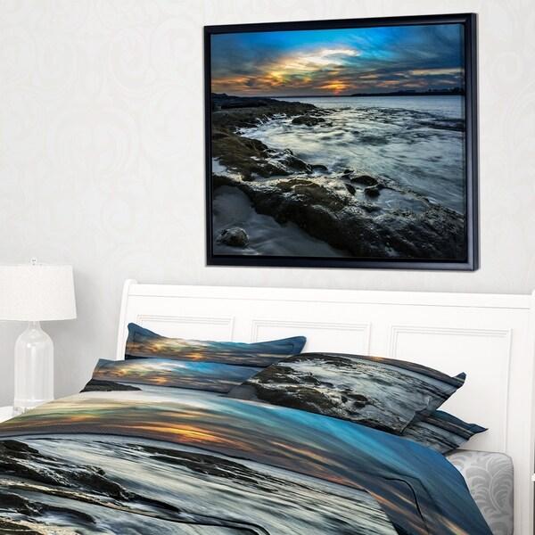 Designart 'Fascinating Sunset at Australia Coastline' Large Seashore Framed Canvas Print