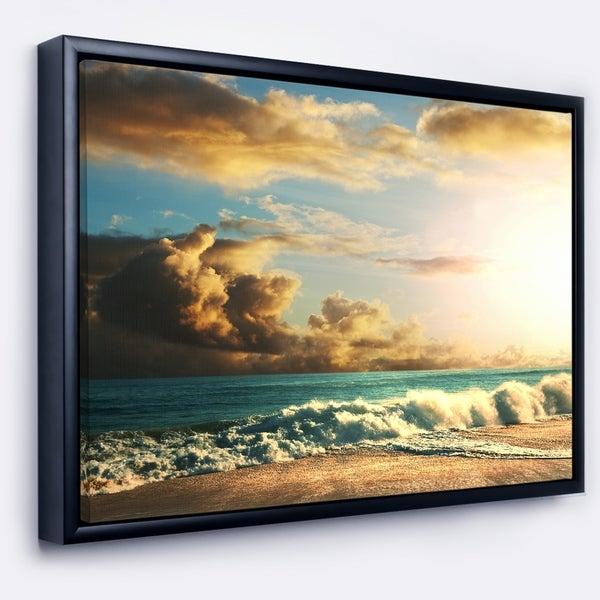 Designart 'Green Sea Beach under Cloudy Sky' Modern Beach Framed Canvas Art Print