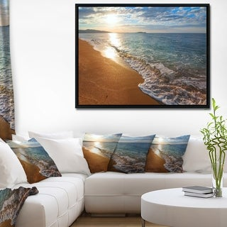 Designart 'Gili Island Tropical Beach' Large Seashore Framed Canvas Print