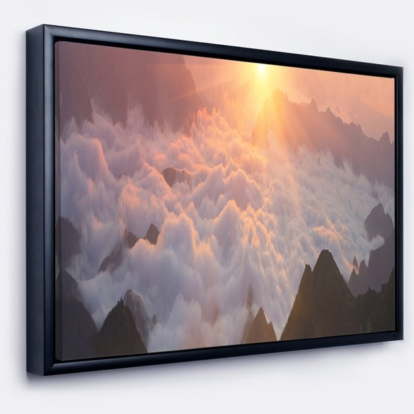Designart 'Discontinued product' Contemporary Landscape Framed Canvas Art