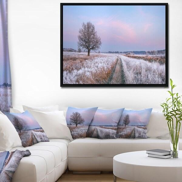 Designart 'Dry Oak Tree in Winter Panorama' Landscape Print Wall Framed Canvas Artwork